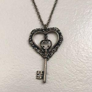 "Heart & Key 14"" long necklace"